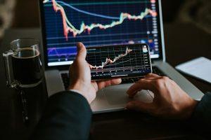 les avantages d'investir dans un FIP Corse